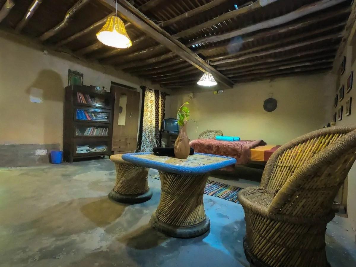 mayur kaksh raadballi - best jungle resort near dharamshala