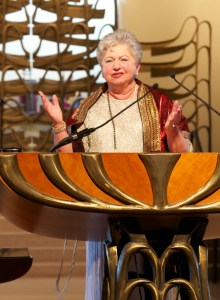 cropped-Rabbi-Corinne-on-pulpit-at-Stephen-Wise-Ordination.jpg