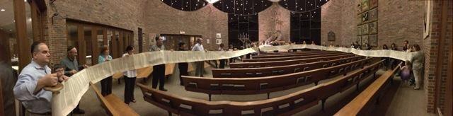 """""""Torah Roll"""" on Erev Simchat Torah - from Breishit to V'zot Ha'bracha"""