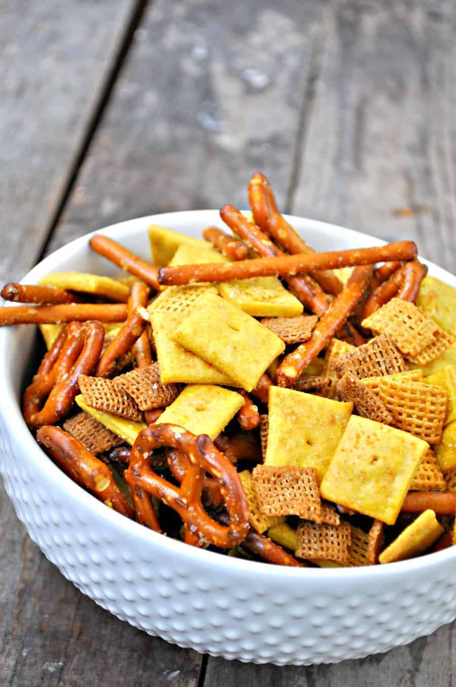 Vegan copycat cheez it party mix rabbit and wolves if you have been vegan for any significant amount of time you may be asking yourself but what about cheez it party mix dont worry ive got you covered solutioingenieria Choice Image
