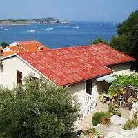Rab apartments RUZA II - holiday lettings on Croatian islands