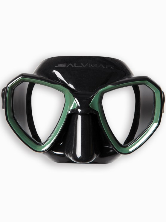 Black and green diving mask