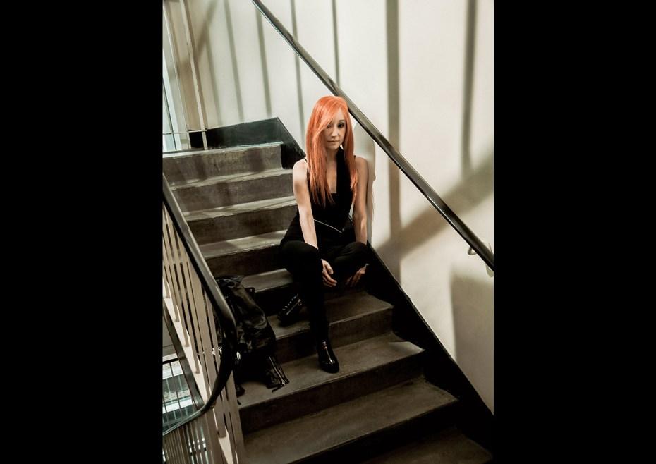 Tori_Amos_Stoolpigeon_001