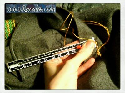 2016-01_12th-century-tunic_bottom-embellishment_Racaire_1
