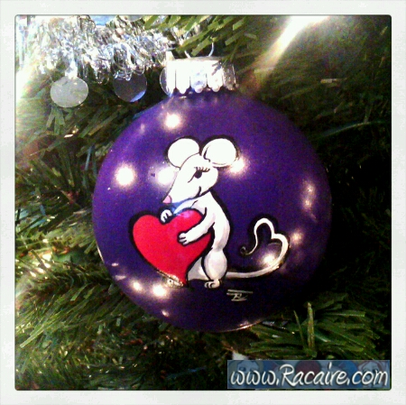 2016-12_Racaire_handpainted-christmas-ornaments-for-family-and-friends_3