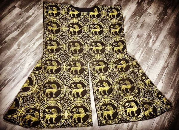 SCA Heavy Fighting Tabard with handprinted 12th century inspired pattern