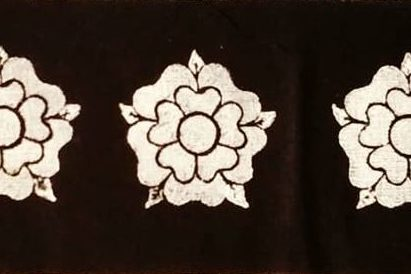 Handprinted linen trim with rose print made from black linen fabric, handprinted in white with a handcut medieval inspired rose stamp. Machine washable!