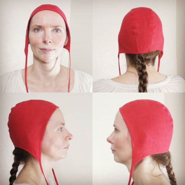Small red linen coif / arming cap made from lovely soft red linen. The fabric is already pre-washed, the linen coif is ready to wear & machine washable!