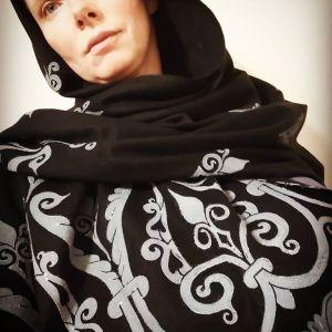 Scarves, shawls & veils