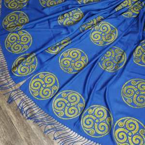 Soft lightweight blue scarf with triskele in premium gold print for a celtic experience all year long! Hand printed with my own hand carved stamp. New scarf, pre-washed, ready to wear & machine washable!