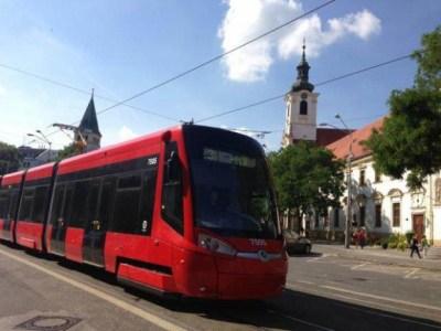 Nová električka Škoda 30 T premávala aj na linke 3 d Rače