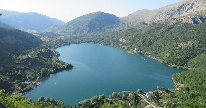 Lago di Scanno un mistero a forma di cuore