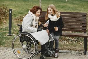 Sclerosi multipla: L'IA individua 3 sottotipi