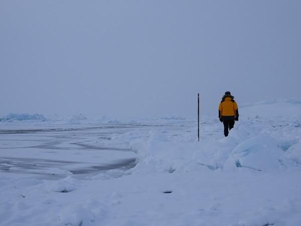 Visitare la Groenlandia in inverno richiede pazienza e una buona capacità di adattamento.