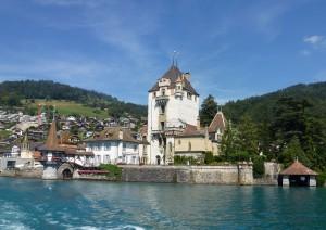Berna (treno) Thun (battello) Interlaken (treno) Domodossola.jpg