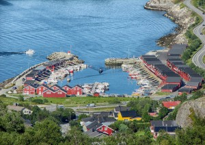 Svolvær - Moskenes (130 Km / 2h 15min) (traghetto) Bodø.jpg