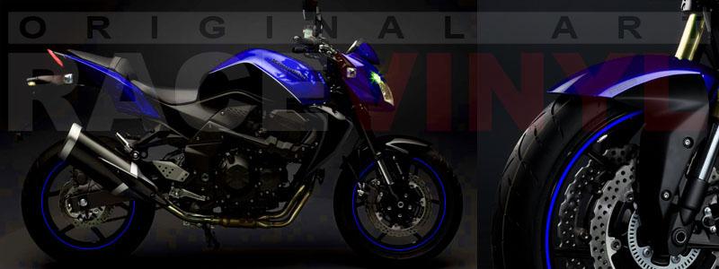 Kawasaki Z750 azul