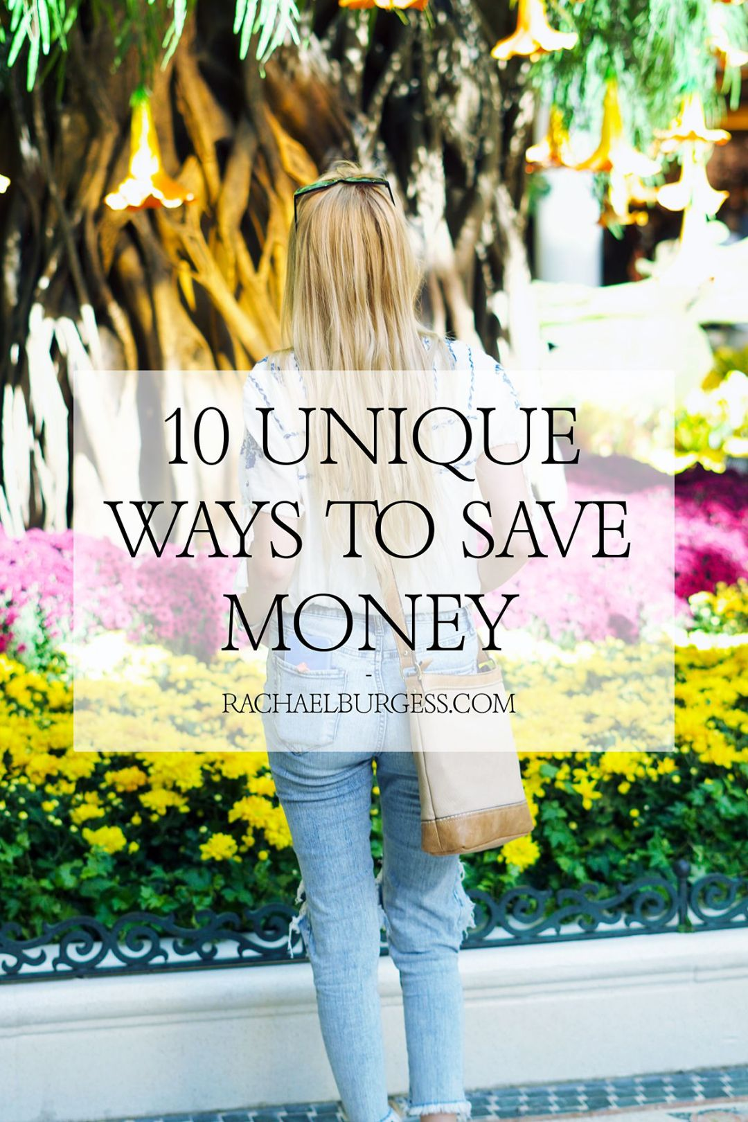 10 Unique Ways to Save Money this Holiday Season | Rachael Burgess