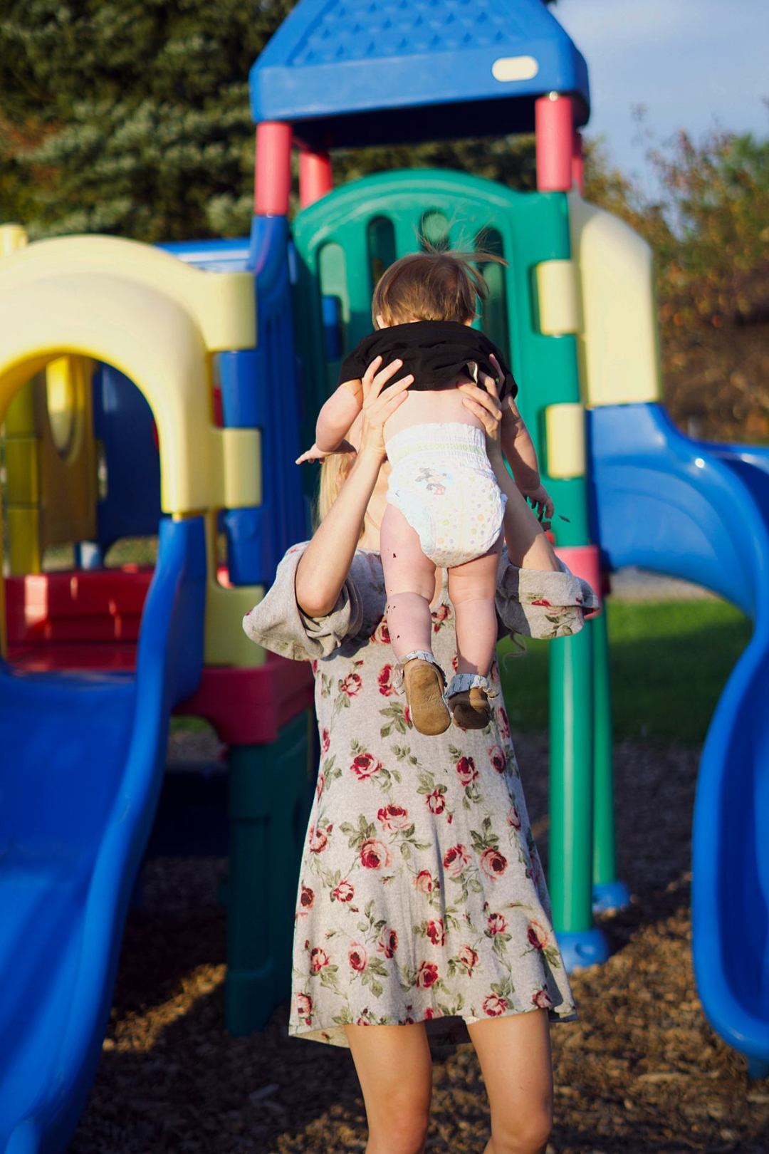 8 Ways to Save Time for Busy Moms | Rachael Burgess