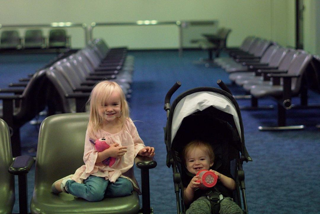 6 Ways to Make Air Travel Easier with Kids | Rachael Burgess