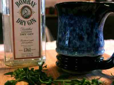 Don't Judge Me Mondays: Tarragon Toddy
