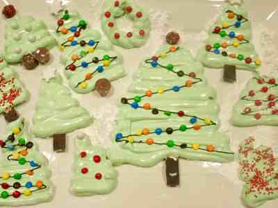 Peppermint Marshmallow Christmas Trees