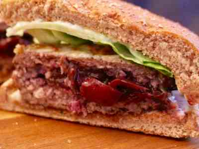 Cherry-stuffed Lamb Burgers