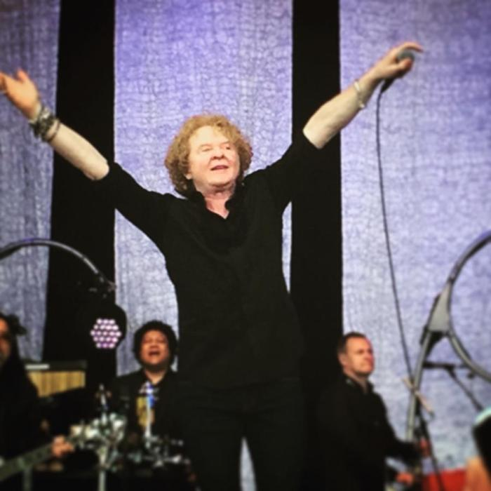 #MySundayPhoto: Holding Back The Years With Simply Red