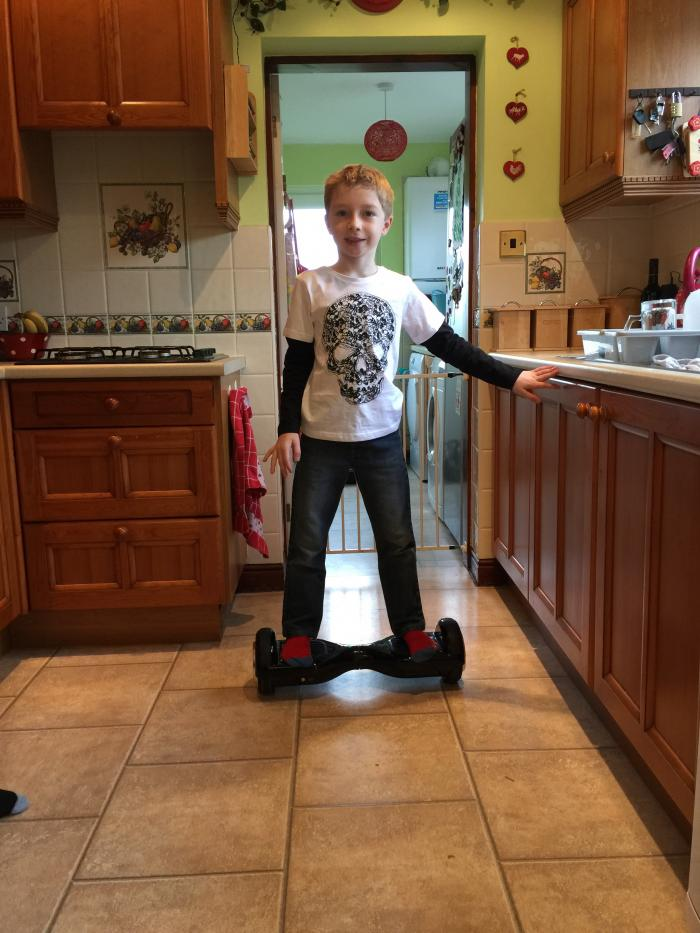 #LivingArrows – Playing With The Presents