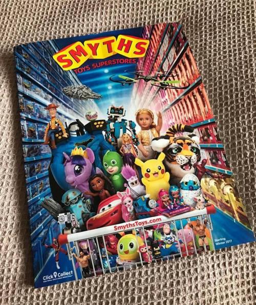 #LittleLoves - The Crystal Maze, Christmas Lists & Chav Boots