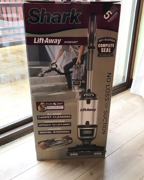 Cleaner Carpets With The Shark Lift-Away Series