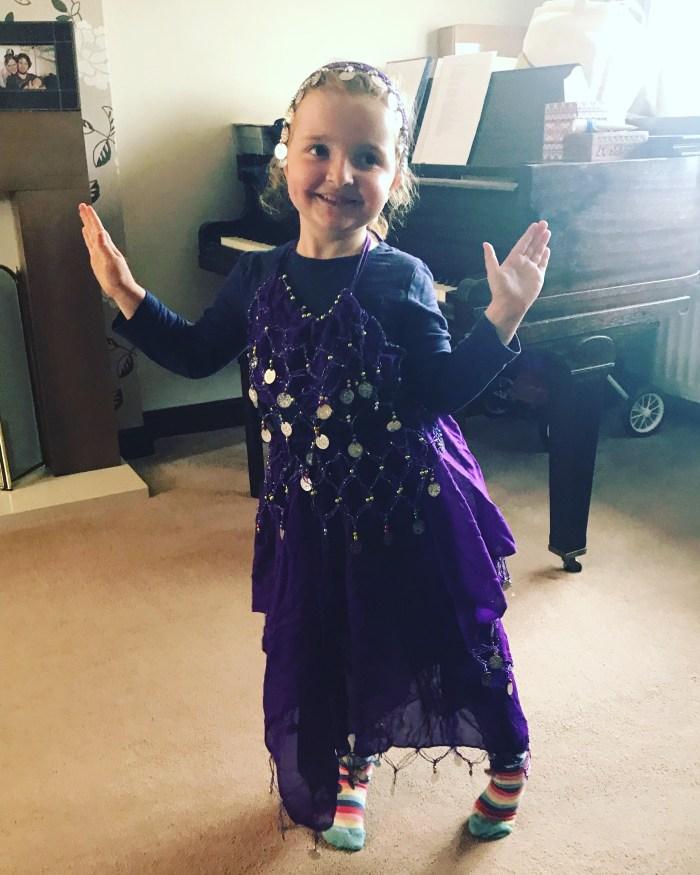 #LivingArrows - Belly Dancing & Big Smiles 25/53 (2018)