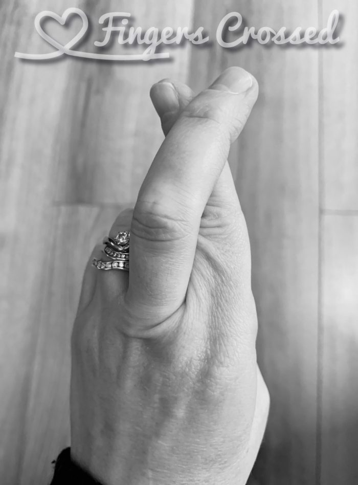 #MySundaySnapshot – Fingers Crossed 06/52 (2020)