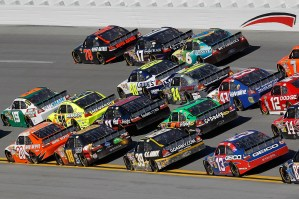 2010_Talladega_Oct_NSCS_racing_action