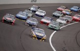 2012_Kansas_April_NASCAR_Sprint_Cup_Race_Martin_Truex_Jr_Leads