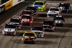 2012_Richmond_April_NASCAR_Sprint_Cup_Kyle_Busch_Restart
