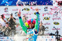 jimmie-johnson-wig-nascar-sprint-cup-dover-victory-lane