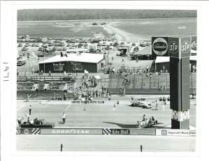 1971-PIT-ROAD