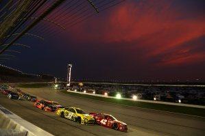 NASCAR_NSCS_ATL_Juan_Pablo_Montoya_Carl_Edwards_9113