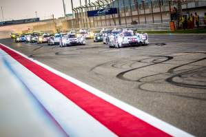 Start of Race - 6 Hours of Bahrain at Bahrain International Circuit (BIC) - Sakhir - Kingdom of Bahrain
