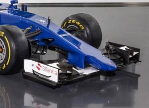 20150130_Sauber_C34-Ferrari_Front_Sidea