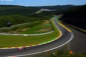 F1_Race_Spa_2015_10