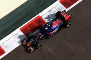 F1_AbuDhabi_Race_2015_21