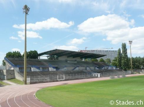 Stade de BALMONT où évolue Lyon-la-Duchère
