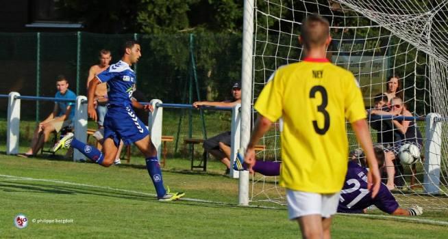 Omar HASSIDOU marque le 1er but à Dudelange