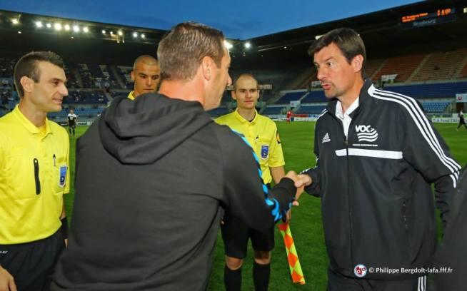 François KELLER et Thierry FROGER, l'entraîneur du Vannes Olympique Club