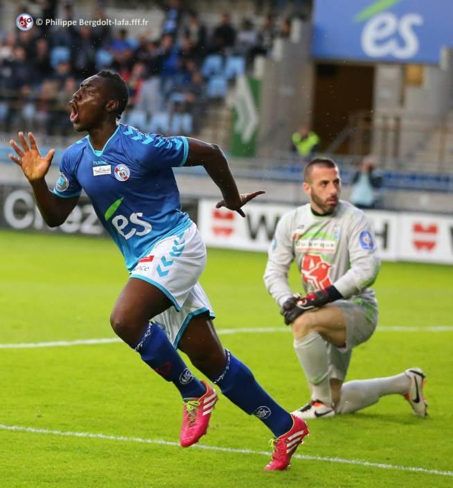 La joie d'Alexandre MENDY après son 1er but contre Dunkerque