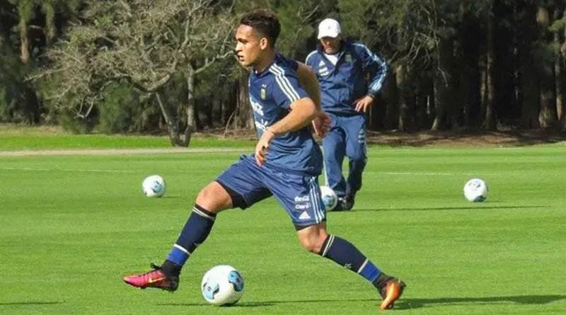 Lautaro Martínez entrenando con la Selección Sub 20.