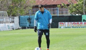 Gastón Gómez se entrena con Racing.