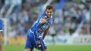 Leandro Grimi sonríe jugando para Godoy Cruz.